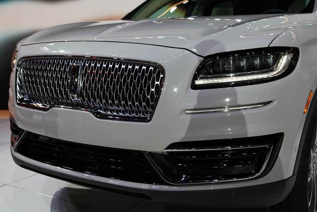 2019 Lincoln Nautilus: LA Auto Show featured image large thumb4