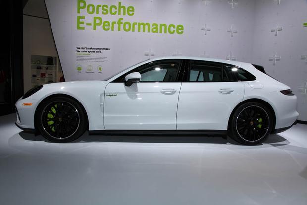 2018 Porsche Panamera Turbo S E-Hybrid Sport Turismo, 2018 Porsche 911 Carrera T: LA Auto Show featured image large thumb3