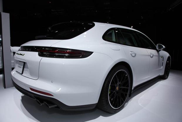 2018 Porsche Panamera Turbo S E-Hybrid Sport Turismo, 2018 Porsche 911 Carrera T: LA Auto Show featured image large thumb4