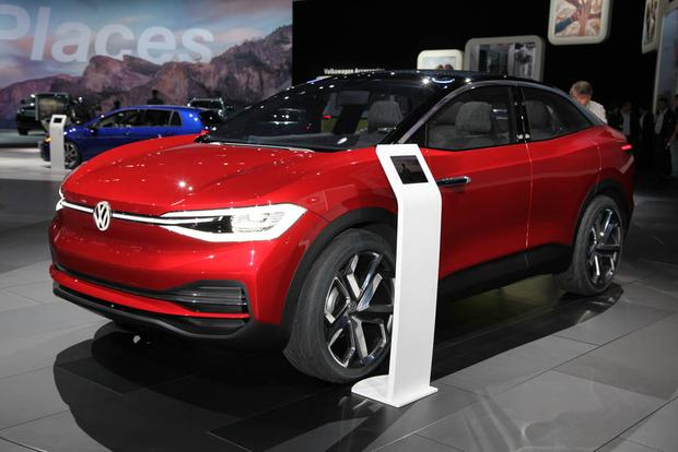 Volkswagen I.D. Crozz Concept: LA Auto Show featured image large thumb2