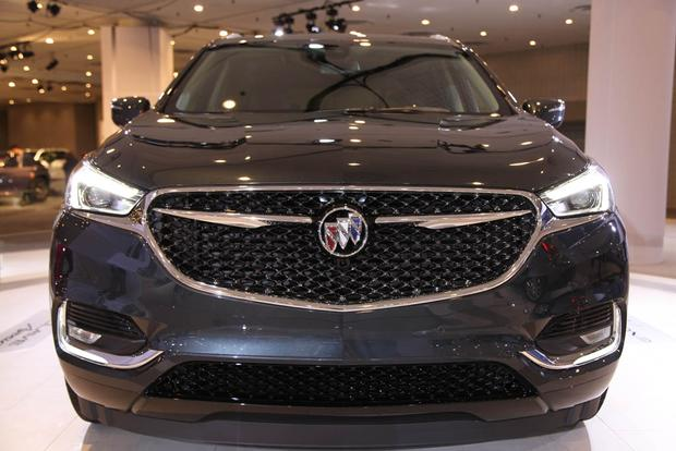 2018 Buick Enclave: New York Auto Show featured image large thumb1