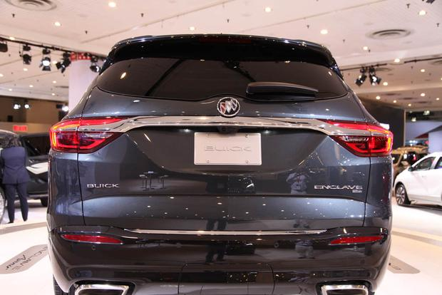 2018 Buick Enclave: New York Auto Show featured image large thumb4