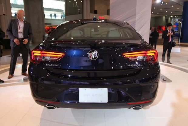 2018 Buick Regal Sportback and TourX: New York Auto Show featured image large thumb3
