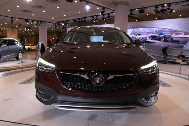 2018 Buick Regal Sportback and TourX: New York Auto Show featured image large thumb7