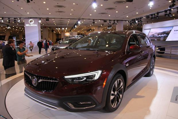 2018 Buick Regal Sportback and TourX: New York Auto Show featured image large thumb8