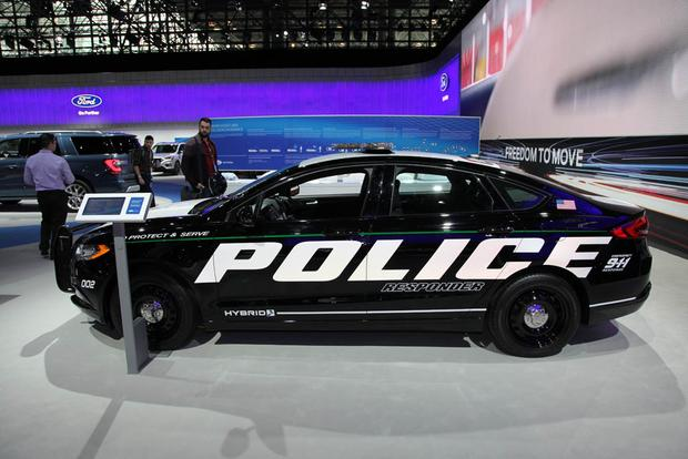 2018 Ford Police Responder Hybrid: New York Auto Show featured image large thumb4