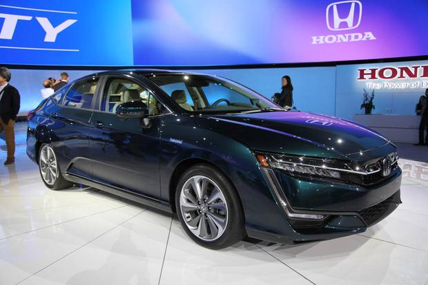 Honda Clarity: New York Auto Show featured image large thumb3