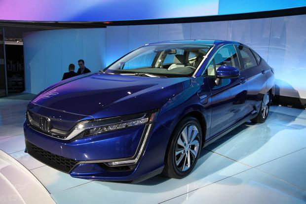 Honda Clarity: New York Auto Show featured image large thumb6