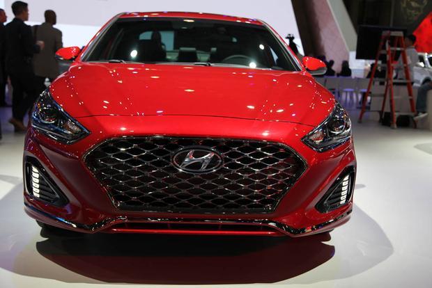 2018 Hyundai Sonata: New York Auto Show featured image large thumb5