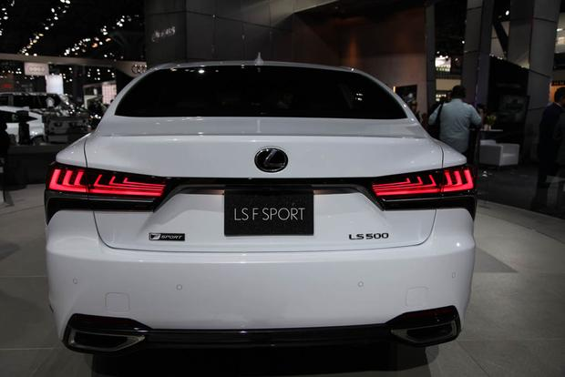 2018 Lexus LS 500 F Sport: New York Auto Show featured image large thumb4