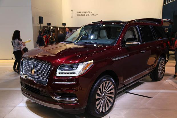 2018 lincoln navigator new york auto show autotrader. Black Bedroom Furniture Sets. Home Design Ideas