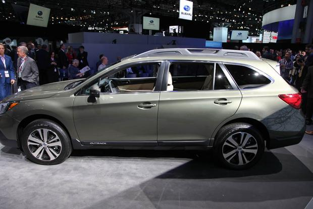 2018 Subaru Outback: New York Auto Show featured image large thumb2
