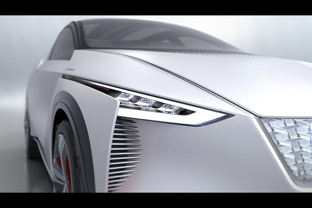 Nissan IMx Concept: Tokyo Auto Show featured image large thumb3
