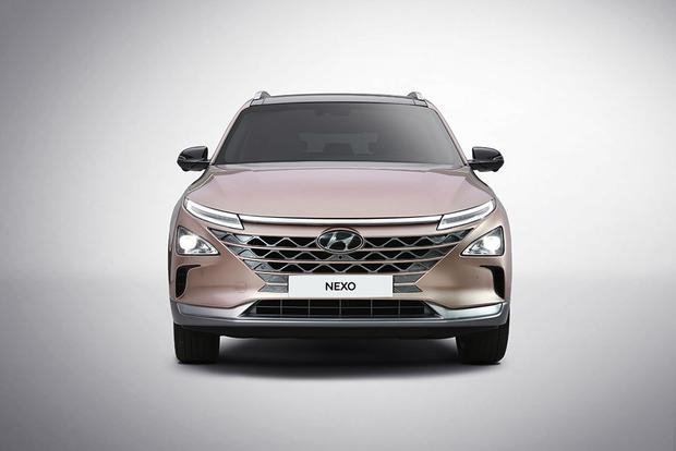 Hyundai Nexo Fuel Cell Vehicle: Consumer Electronics Show featured image large thumb1