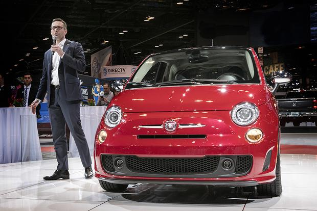 2018 FIAT 500 Goes Turbo: Chicago Auto Show featured image large thumb0