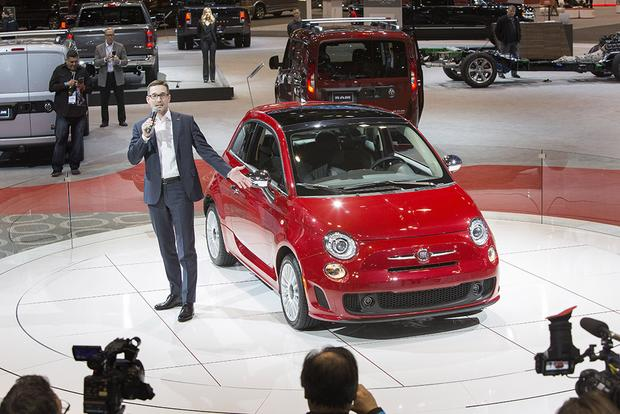 2018 FIAT 500 Goes Turbo: Chicago Auto Show featured image large thumb1