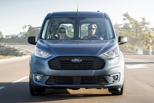 2019 Ford Transit Connect Wagon: Chicago Auto Show featured image large thumb1