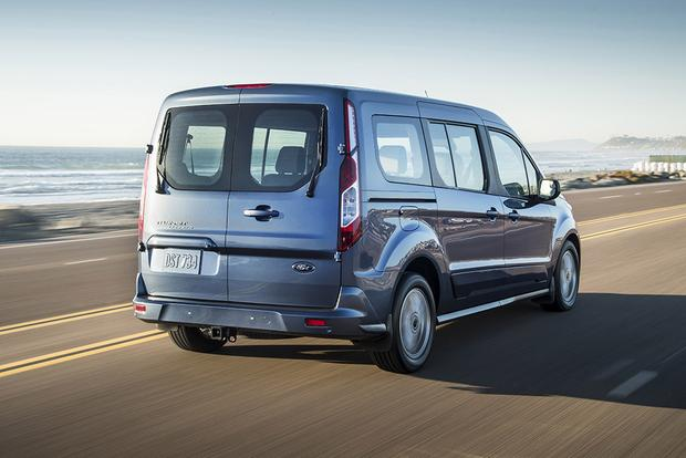 2019 Ford Transit Connect Wagon: Chicago Auto Show featured image large thumb2