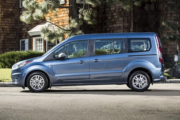 2019 Ford Transit Connect Wagon: Chicago Auto Show featured image large thumb4