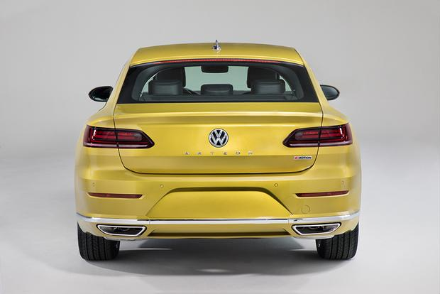 2019 Volkswagen Arteon: Chicago Auto Show featured image large thumb2