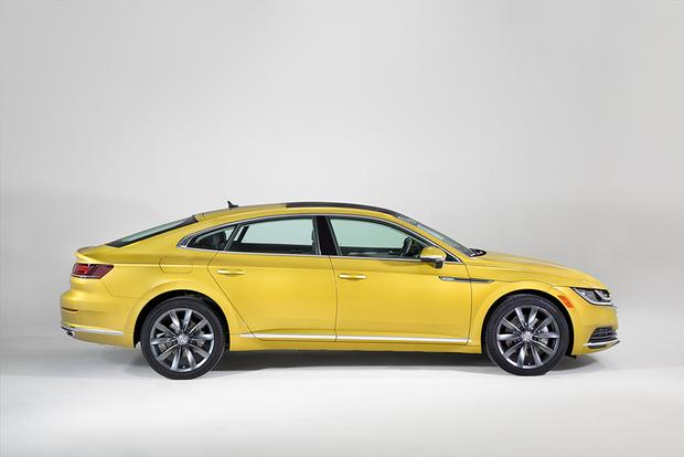 2019 Volkswagen Arteon: Chicago Auto Show featured image large thumb4
