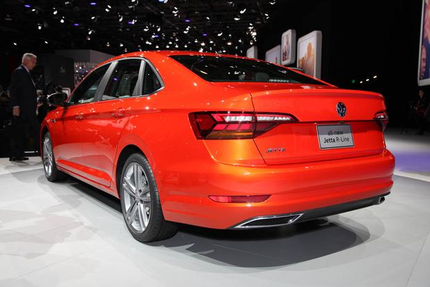 2019 Volkswagen Jetta: Detroit Auto Show featured image large thumb1