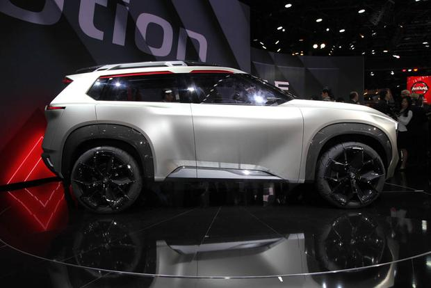Nissan Xmotion Concept: Detroit Auto Show featured image large thumb2
