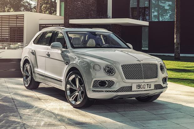 Bentley Bentayga Hybrid: Geneva Auto Show featured image large thumb1