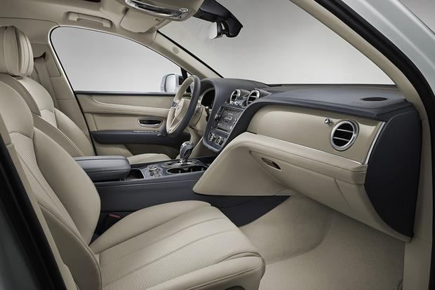 Bentley Bentayga Hybrid: Geneva Auto Show featured image large thumb4