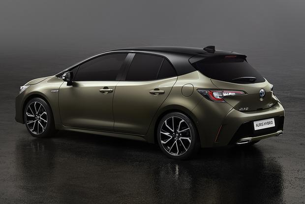 2019 Toyota Corolla iM: Geneva Auto Show featured image large thumb1