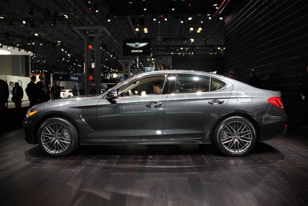 2019 Genesis G70: New York Auto Show featured image large thumb3