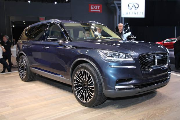 Lincoln Aviator: New York Auto Show featured image large thumb0