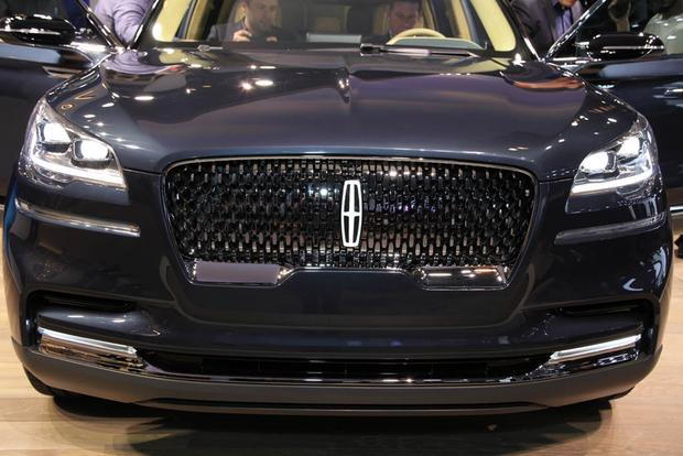 Lincoln Aviator: New York Auto Show featured image large thumb3