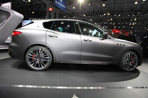 2019 Maserati Levante Trofeo: New York Auto Show featured image large thumb1
