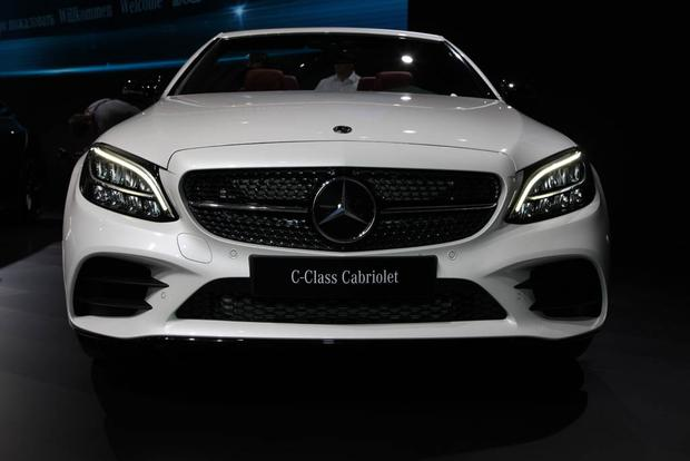 2019 Mercedes-Benz C-Class: New York Auto Show featured image large thumb0