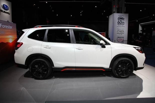 2019 Subaru Forester: New York Auto Show featured image large thumb2