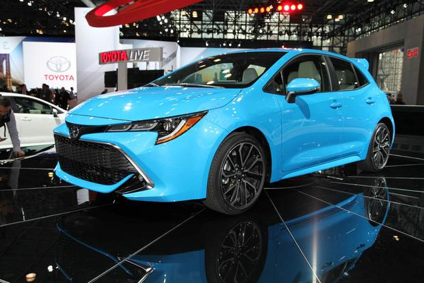 2019 Toyota Corolla: New York Auto Show featured image large thumb1