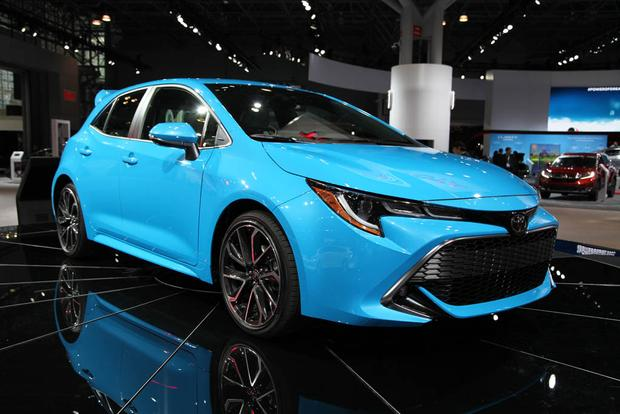 2019 Toyota Corolla: New York Auto Show featured image large thumb5