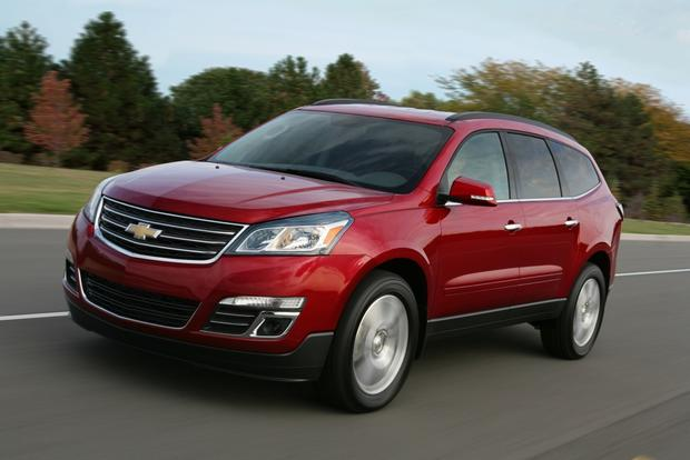 2013 Top Crossover SUV featured image large thumb2