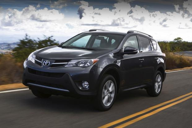 2013 Top Crossover SUV featured image large thumb11