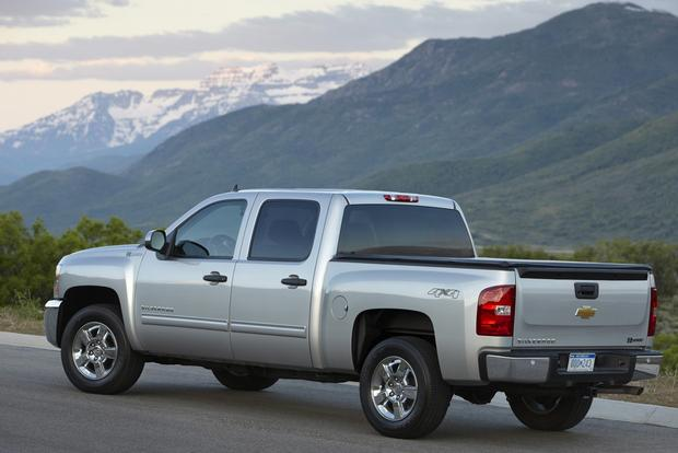 Top 5 Fuel Efficient Trucks That Still Get the Job Done featured image large thumb1