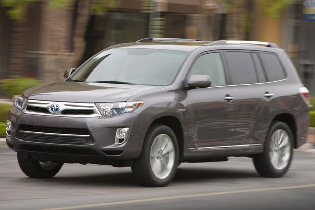 New Hybrid SUVs Available Today featured image large thumb6
