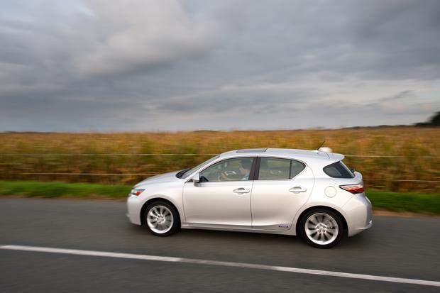 Best Cars Under 35000 >> 7 Luxury Cars Under 35 000 Autotrader