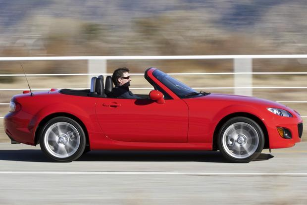 Affordable Convertibles: Top 5 Used Drop-Tops featured image large thumb4