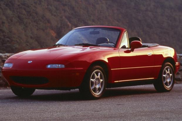 Affordable Convertibles: Top 5 Used Drop-Tops featured image large thumb5