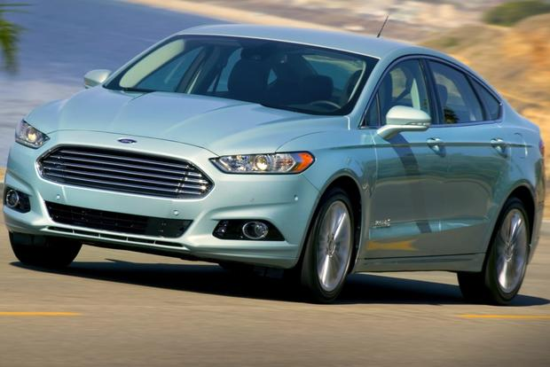 11 Most Fuel-Efficient Hybrids featured image large thumb3 : most fuel efficient ford cars - markmcfarlin.com