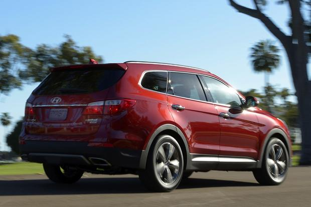 The Best Three-Row Crossovers: A List of Our Favorites featured image large thumb3