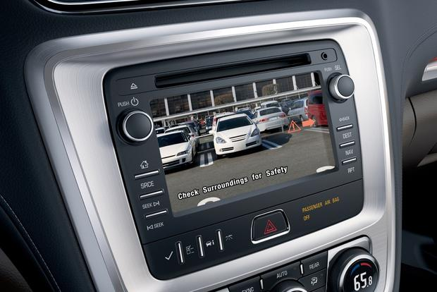 Don't Buy a Minivan Without These Features featured image large thumb3