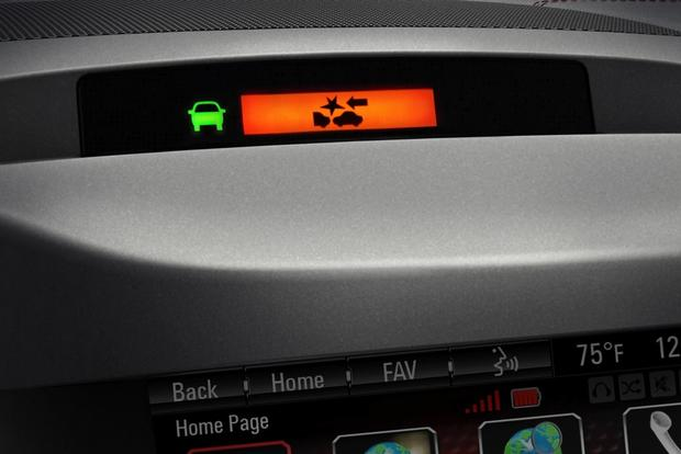 Don't Buy a Minivan Without These Features featured image large thumb4