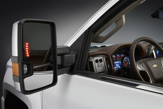 Don't Buy a Pickup Truck Without These 7 Features featured image large thumb1